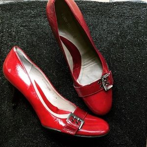 kenneth cole red heels pumps